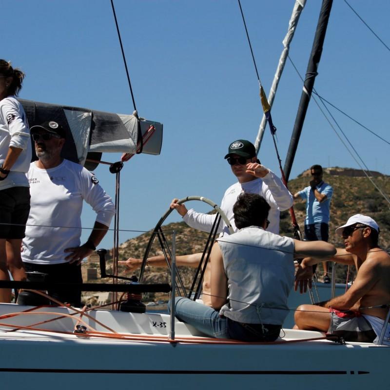 regata carburo de plata 11