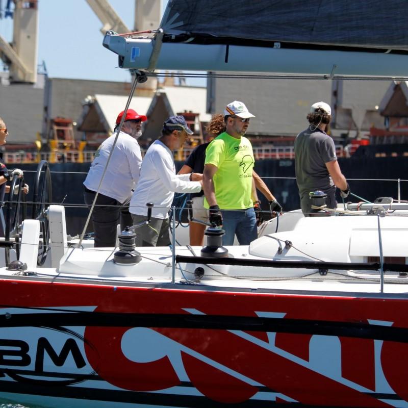 regata carburo de plata 18