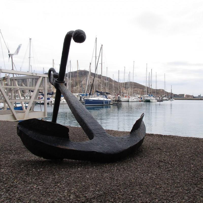 Ancla en Yacht Port Caratgena