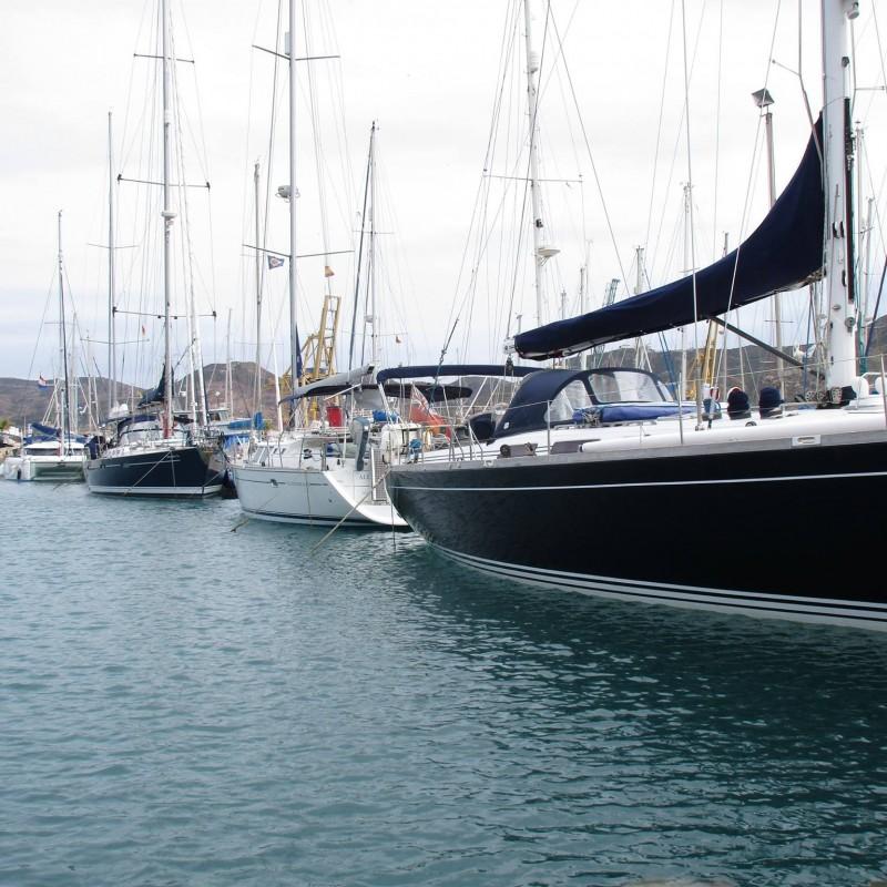 Veleros en Yacht Port Cartagena