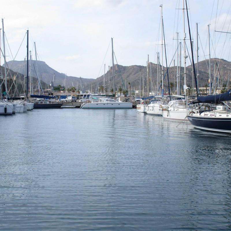 Veleros  en yacht Port Cartagena 3