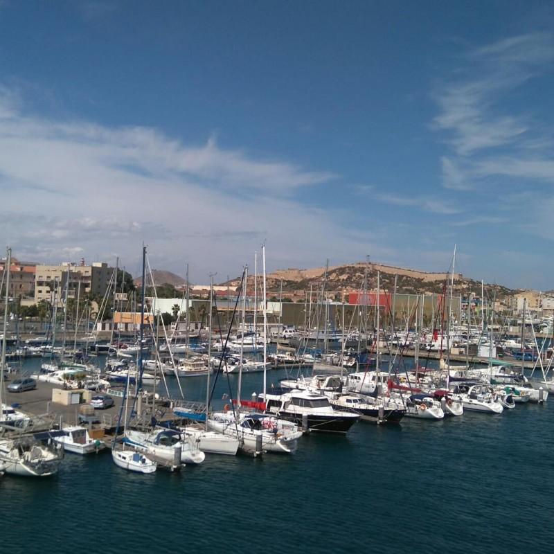 Yacht Port Cartagena desde crucero