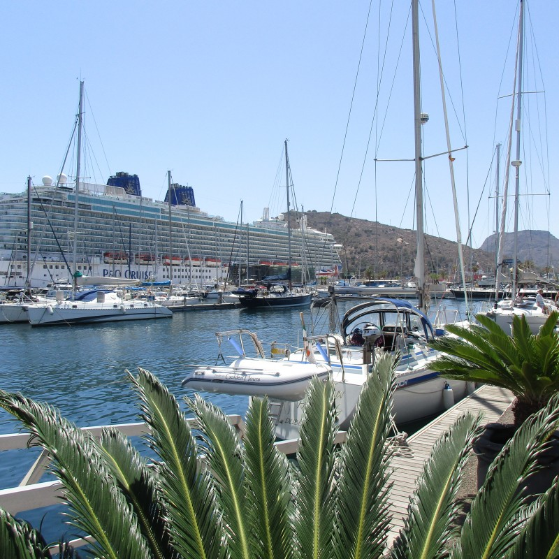 Crucero en Yacht Port Cartagena