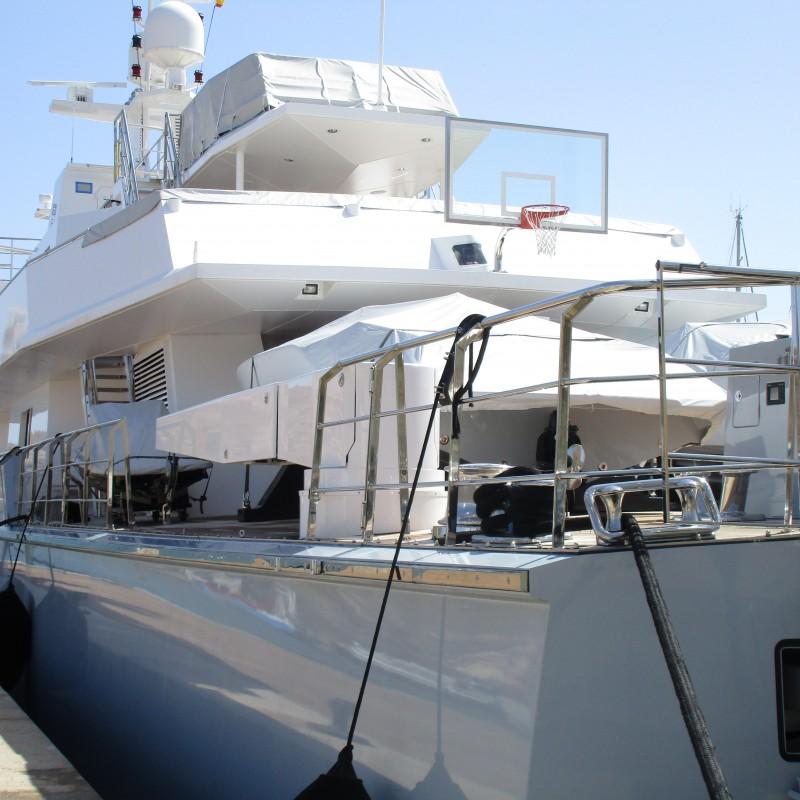 Yate Ronin atracado en Yacht Port Cartagena (3)