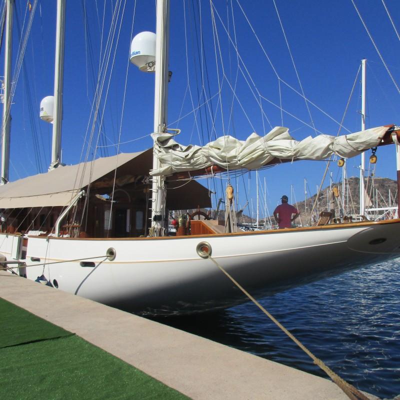 Velero Xarifa hace escala en Yacht Port Cartagena (3)
