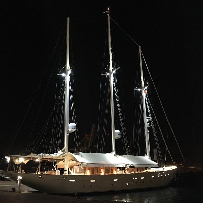 Velero Xarifa hace escala en Yacht Port Cartagena (4)