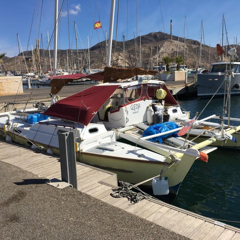 Catamarán Gleda atracado en Yacht Port Cartagena (1)