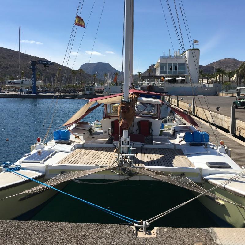 Catamarán Gleda atracado en Yacht Port Cartagena (2)