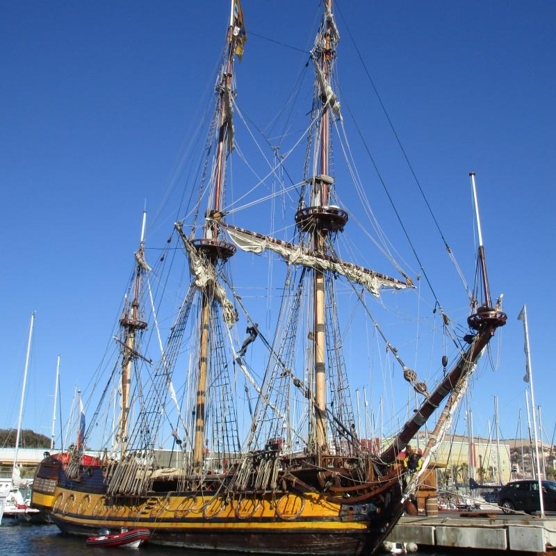 Fragata SHTANDART en Yacht Port Cartagena